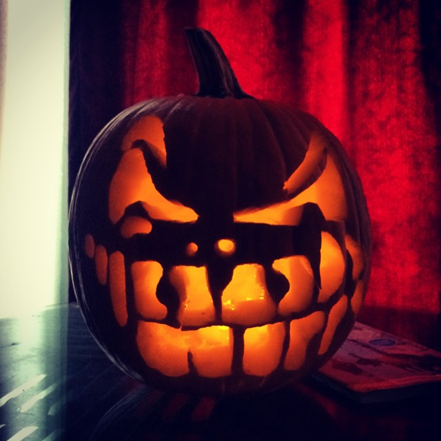 Maybe the best pumpkin I've ever carved! Happy halloween everyone!!!! #pumpkin #halloween