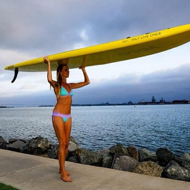 Another great shot of saltwater yogini @kathrynmccann at home in San Diego! #localhoneydesigns #kathrynmccann #yolo #reversible #bikini #saltwater #sandiego #supyoga #healing #ocean #waves #energy #outdoor #adventure #saltyair #love