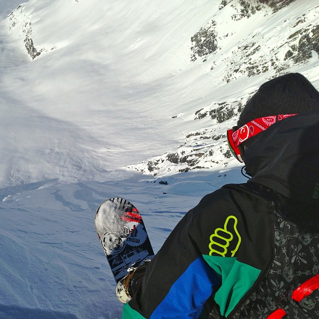 Athlete @planetbsquared looking down the run of his life in AK!