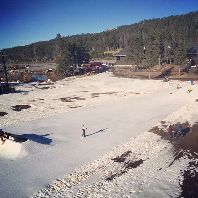 #boreal is open and we're out here making turns #thrivesnowboards #tahoe #firstturns
