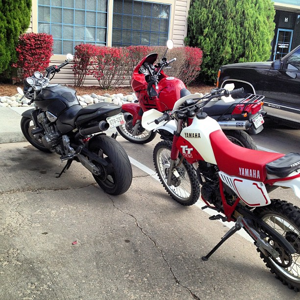 This is how we do lunch. We need snow so we can put the bikes away #triumpgtiger #honda919 #yamahaTT225