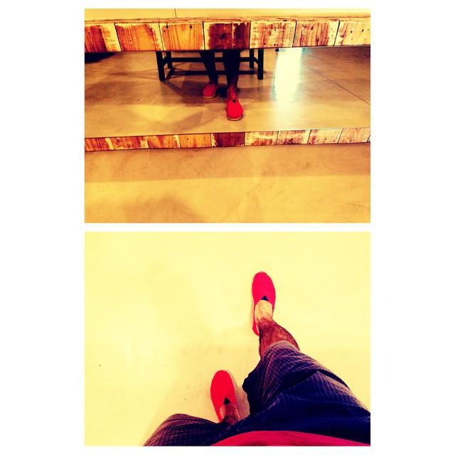 Arranquemos el fin de semana con el pie derecho! #QuiénSabedeActitud #QA www.QA.com.ar