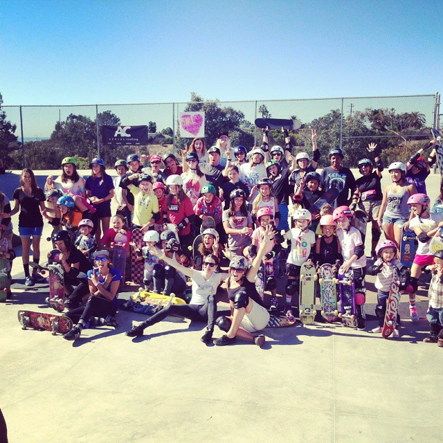 #groriders teaching over 50 new skaters at #exposureskate