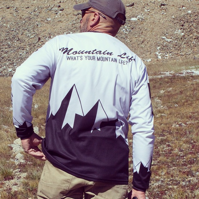 PRE-ORDER SALE is happening now on our first layer, fully sublimated, quarter zip long sleeve GO TO:  GoodPeople.com/themountainlife to place your pre-order @goodpeoplelife Whatever your weekend holds, may the mountains always be ahead of you. What's...