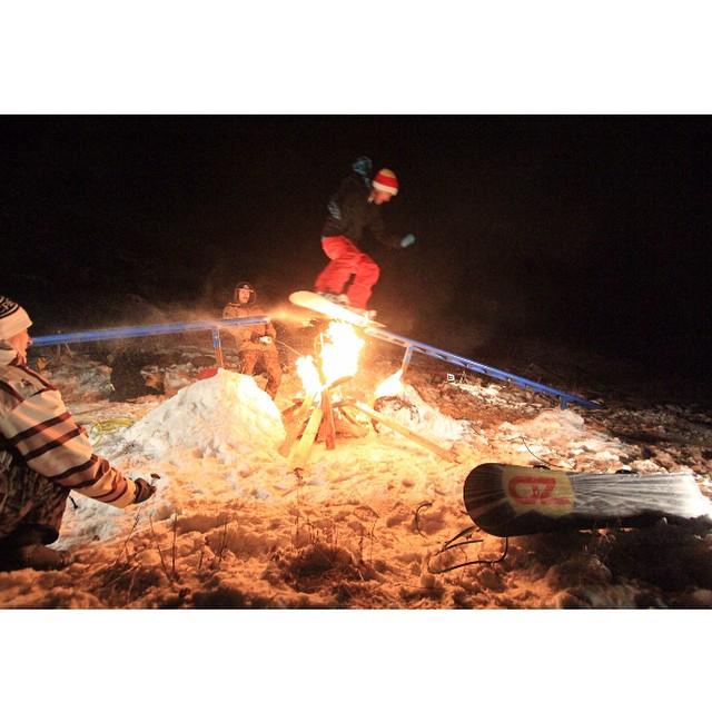 Team rider from #Utah @shansen212❄️knitted beanie #MadeInMN❄️#FrostyHeadwear #Snowboarding