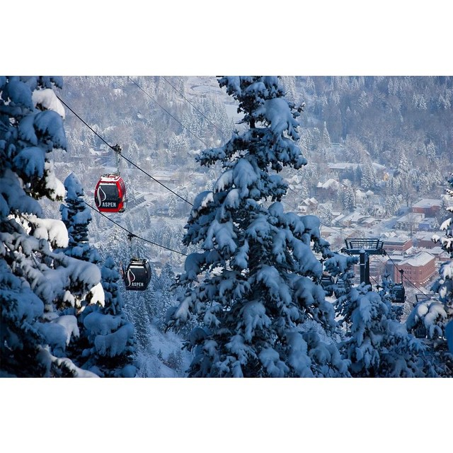 College students can shred @AspenSnowmass for $42.50 per day during #XGames, January 22-25.  Click the link on our profile page to check out our College X Pass.