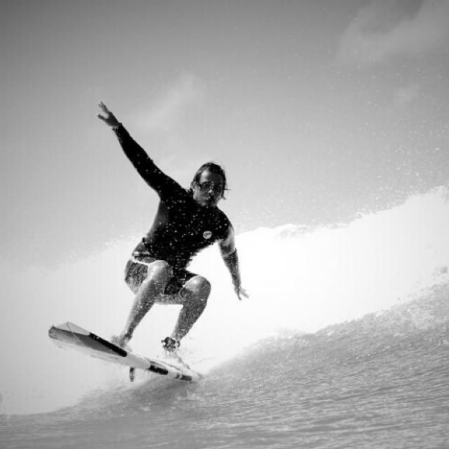 #AkelaSurf  RiderJacket  Servio Anez Photo Chris Padfield
