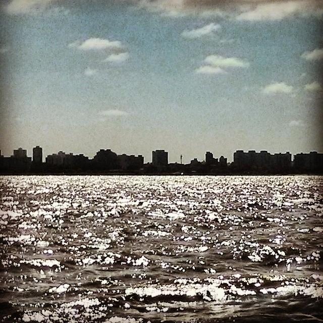 BAIRES DESDE EL RIO, VIENTO DEL SUDESTE. #riodelaplata #sailing #goexplore