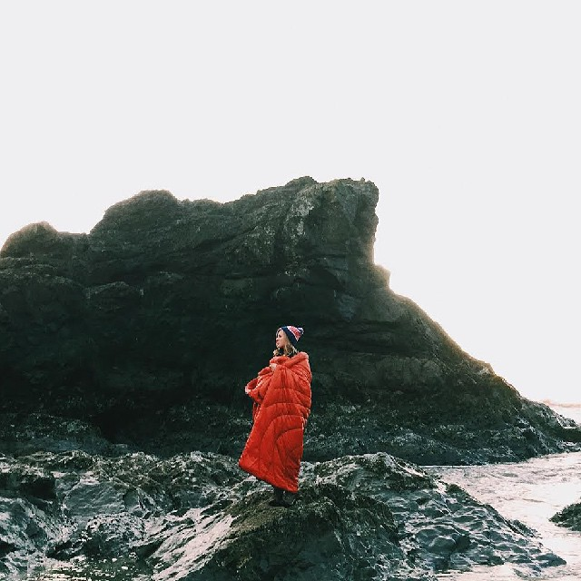 @kristianirey stays warm and provides a beacon of contrast on the Washington coast. #gorumpl