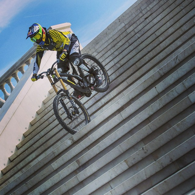I'll take the stairs. @polcster #localhero #mtb