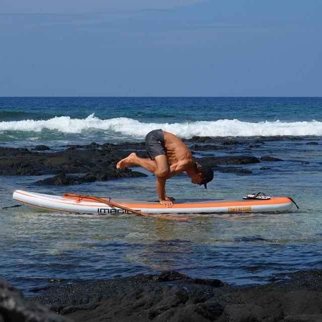 Next stop handstand. pc: @swellliving #nikon @konaboys @kaenon @imaginesurf @odinasurf #sup #yoga #floyo #showupandblowup