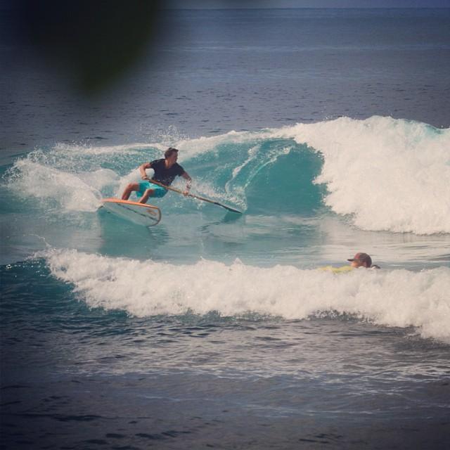 Bamboo paddle testing.  #bamboostanduppaddle #boosup @imaginesurf @kaenon @konaboys @odinasurf @futuressup @rareform #hawaiianbioastin @organik #wavechi #ncf #naturescarbonfiber photo by @swellliving