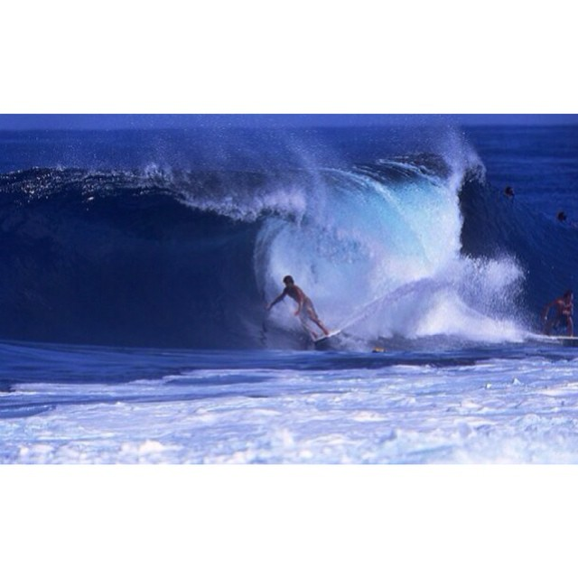 #WayBackWednesday to Team Rider Chris Taloa @dkwars getting a Backdoor drainer on his Stand Up Bodyboard PC: Joseph Libby #NorthShore #noRepBoardshorts