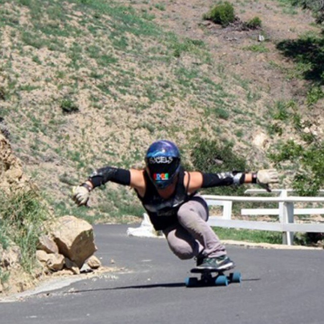 Go to www.longboardgirlscrew.com and check our very own contributor and Longboard Girls Crew USA Ambassador Rachel Bruskoff going down her favourite Malibu road. You want to watch this.  #longboardgirlscrew #girlswhoshred
