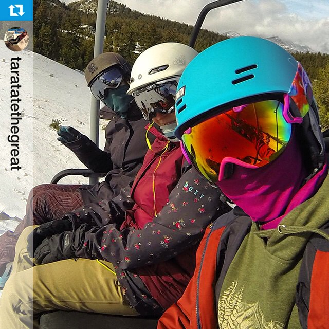 @taratatethegreat ready for her first chairlift of the season in her #turquoise Freeride ! #snow #xshelmets #skatebikeboardski #nofilter #first #chairliftselfie of the season! #girlschair at @mammothmountain! #mammothsopen #mammothstories #snowboarding...