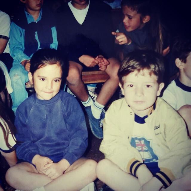 Yo si que tuve un amigo fiel toda mi infancia! Que sorpresa esta foto @sebaaulicio me mata esa chaqueta amarilla..Todo el styleee