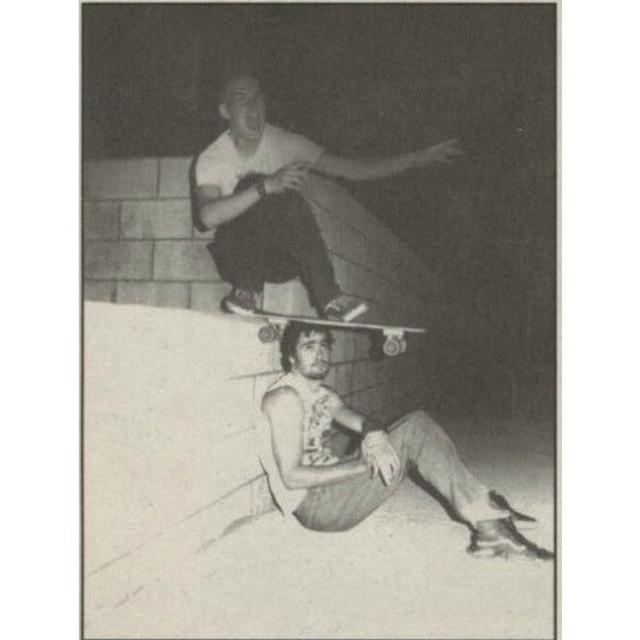 Encontré este fotón de Henry Rollins e Ian MacKaye y no puedo más de la alegría. #Sk8Hi #Skate