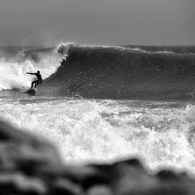 #fbf South of Boston on a good day last winter. @eric_ob3 #coldwatersurf #winter #newengland #canon #5d