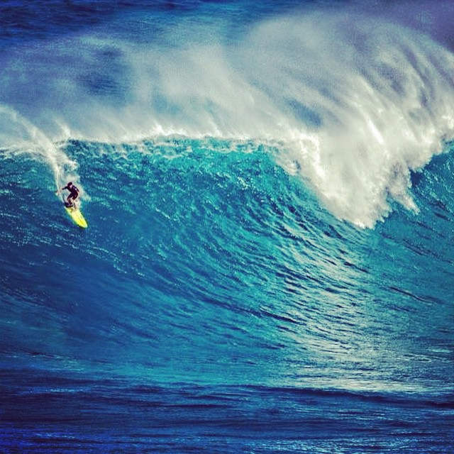 @laserwolf_photo paddle-in at Jaws in his Hoplite Spring PC @amorphia #lovematuse