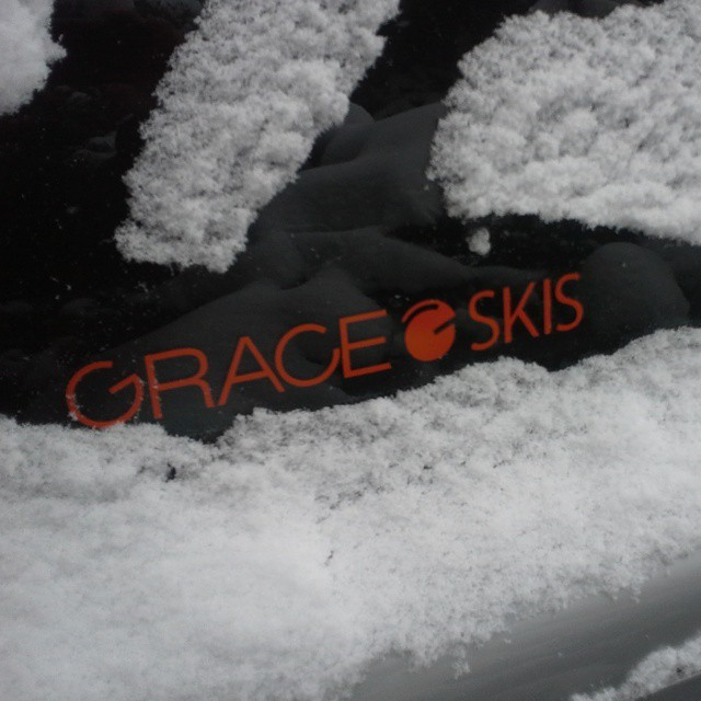 Loving the new #Colorado snow for the #weekend! Get out there! #orangehot #stickers #powder #skiing #madeinDenver