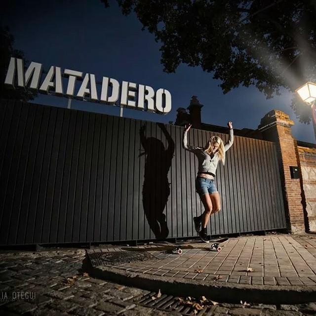 @amandapowellskate in Madrid. Photo @noelia_otegui  #longboardgirlscrew #girlswhoshred #amandapowell