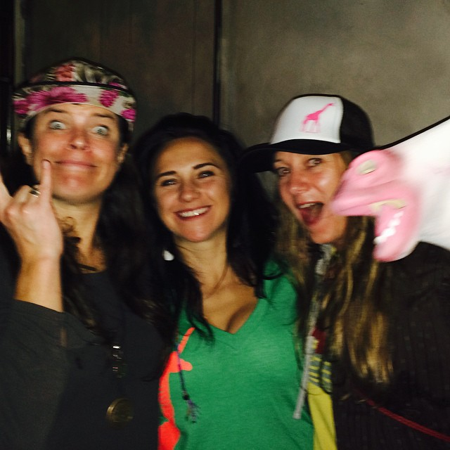 Yep we got #photobombed by a #unicorn #partyinthecity @rachaelburks #shejumps #prettyfaces #kirkwooddeep @vlowe13