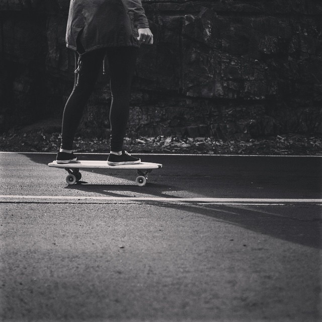 @angela_marshall cruisin in the mountains. Photo cred: @_anchored #skatetheedges #salemtownboardco #handmadeskateboard #cruiserboard #cruiser #skateboard