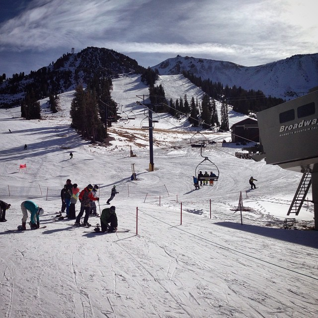 Early season riding @mammothmountain #snowboarding #thriving #thrivesnowboards