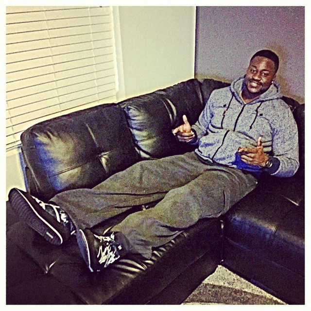 #denverbroncos defensive end @ANU_NIKE91 loves #relaxing in his #pakems after a long of #football practice #denver #colorado #broncosnation #nfl @broncostoday @denverbroncosfans