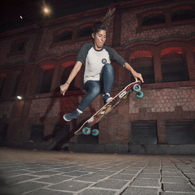 @valeriakechichian getting some air during the OPEN premiere weekend in Madrid. More photos & event report in www.longboardgirlscrew.com @noelia_otegui photo  #longboardgirlscrew #girlswhoshred #Madrid #valeriakechichian #lgcopen