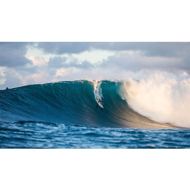 @trevorsvencarlson was among a handful of surfers who slid into 20-foot waves at Jaws last week. (