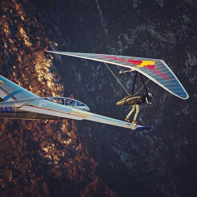 Meet my new wingman. #hang-gliding #glider #sailplane #givesyouwings @matjazklemencic