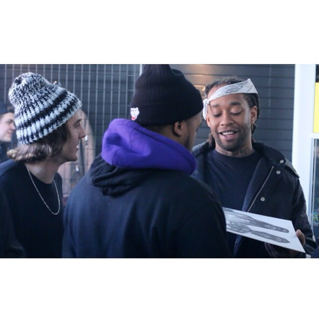 @jpink_218 was rocking an OG knitted hat when he gave @tydollasign a picture he drew of him and @mistercap at the @piffmpls meet and greet last weekend! #Minneapolis #FrostyHeadwear #TyDollaSign #WizKhalifa #TaylorGang #EmbraceYourOpportunity