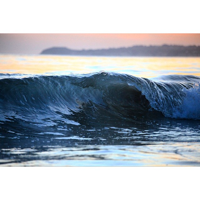 I should shoot more surf. #surf  #claytonhumphriesphotography @asp @clarklittle #california #canon #sunset #coastal