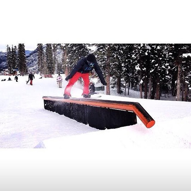 Team rider from #Colorado @coltonbalentine❄️#FrostyHeadwear #Snowboarding