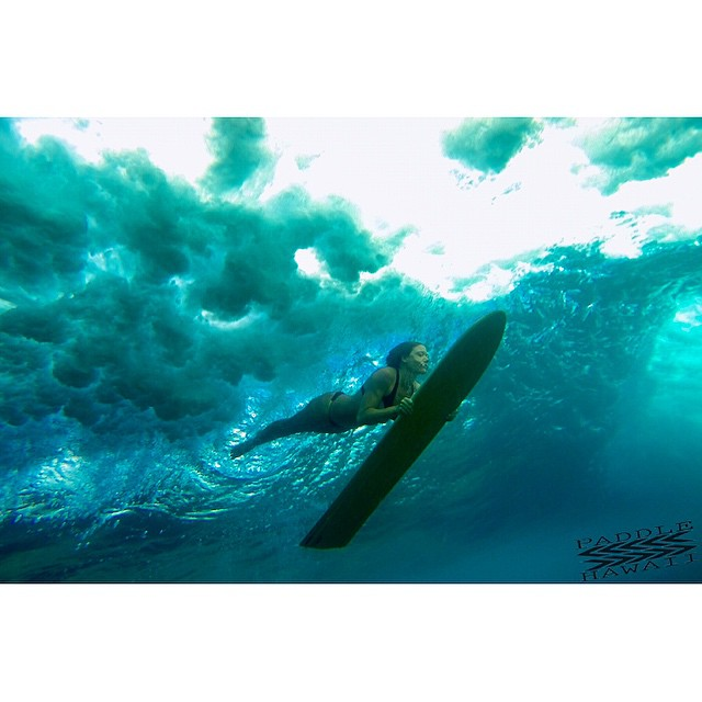 Break beneath the surface.  #imaginelifestyle #teambioastin #odinasurf #phalaia #sustainsurf #wiseguides #lifeinhifi #konaboys #gopro #navitasnaturals #npsurf