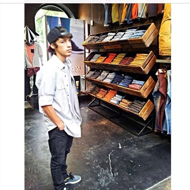 Volcom Brand Jeans x @santirezza pasa a buscar los tuyos! #VolcomAltoPalermo #VolcomRodriguezPeña #VolcomDotBaires #VolcomPalermoViejo #VolcomUnicenter #VBJ #VolcomBrandJeans #SS15