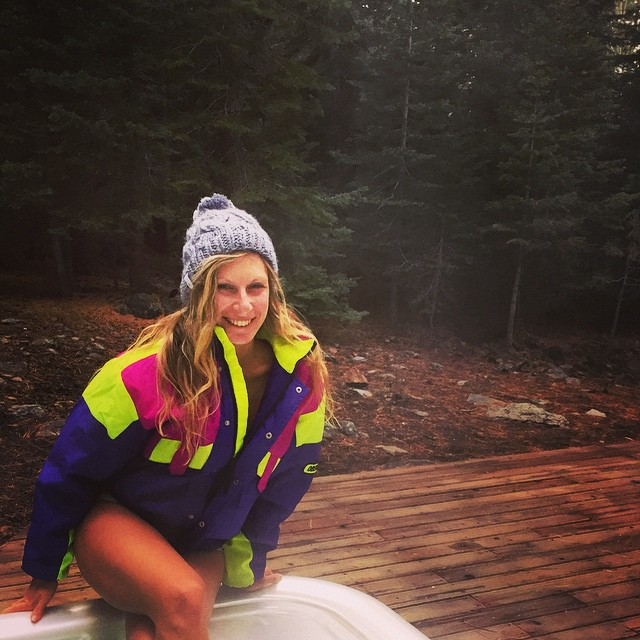 Must of been so kind of #hottubtimemachine // Brought 3 jackets into the thrift store came out with one - #gaperday ready @obermeyer! #retro #snowbunny #snowboarding #skiing #mountainlife #hottubbing #tahoe #neon #obermeyer #throwback