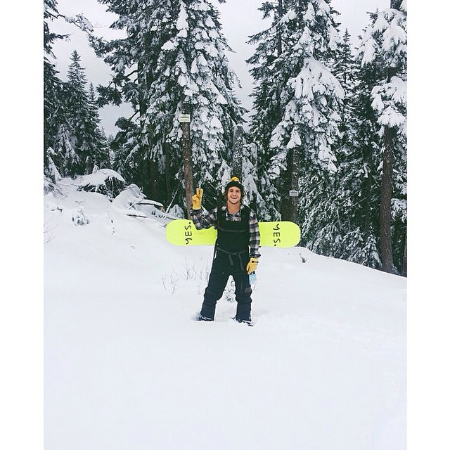 "Now that there's snow in the Pacific Northwest, it's a whole lot easier for @austensweetin to say ""Yes!"" to #fineliving. Regram from Sweetin, himself."