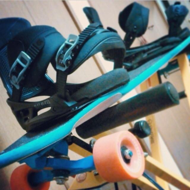 Stolen from @ichistagram can't wait for snowboarding! #loadedboards #chubbyunicorn #orangatangwheels #kilkeridea