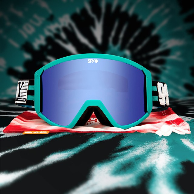 Have smile appeal on hill in the Chairlift Collegiate Raider #snow #goggle.  Available now in stores and on www.spyoptic.com.  #SEEHAPPY