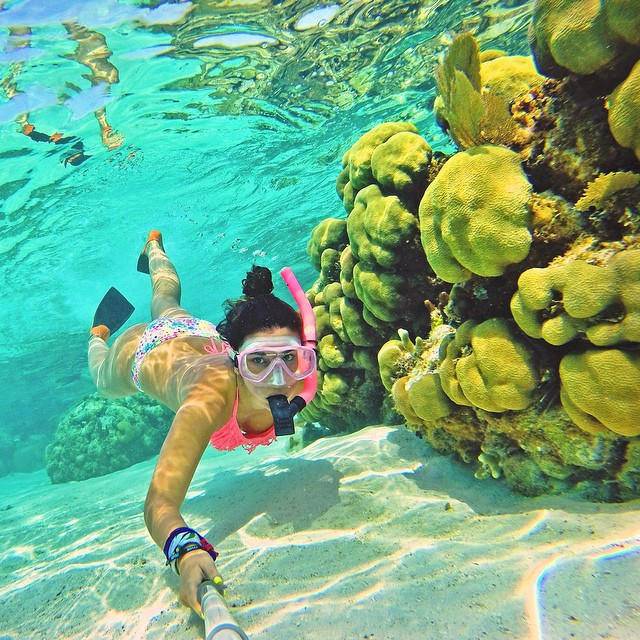 Snorkeling the Belize Barrier Reef. Photo: @mariaisabelpepio. #gopro #gopole #gopolereach #snorkeling #belize