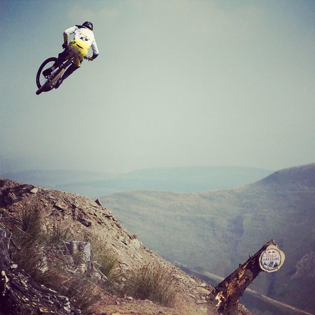 @dan_atherton high-flying down the #Hardline. #mtb #bike