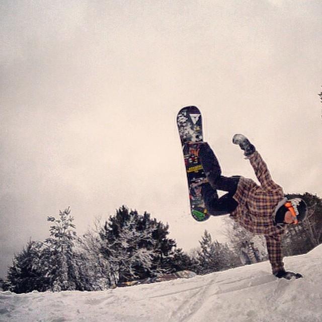 Team rider from #Minnesota @caseypflip❄️#FrostyHeadwear #Snowboarding