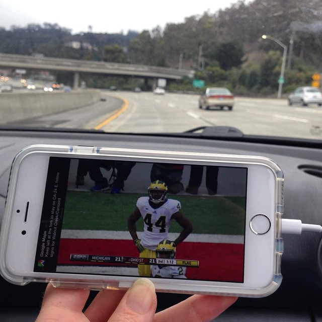 Technology making it easy to watch college football and go on adventures! #GoBlue #Michigan #collegefootball #SaturdayExcursion #MtDiablo #explore #exploremore #adventure #hiking #sanfrancisco #technology
