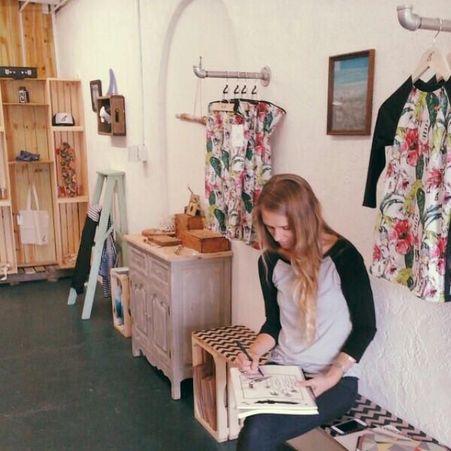 @ teal.turner  in #AkelaSurf  Boutique