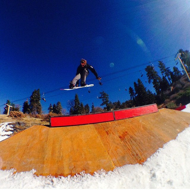 #regram from @_justinmulford ripping up opening day at @bear_mountain. SoCal is opening for snowboarding.