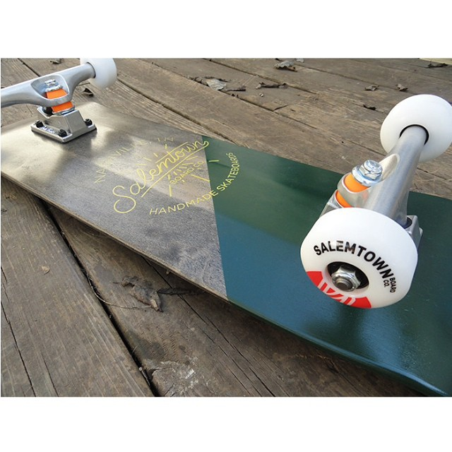 !!!FLASH SALE!!! Pick up the Torch for 30% off with code TORCH30 Only 2 codes available. Move fast! #skate #skateboard #handmade #handmadeskateboard #nashville #christmas