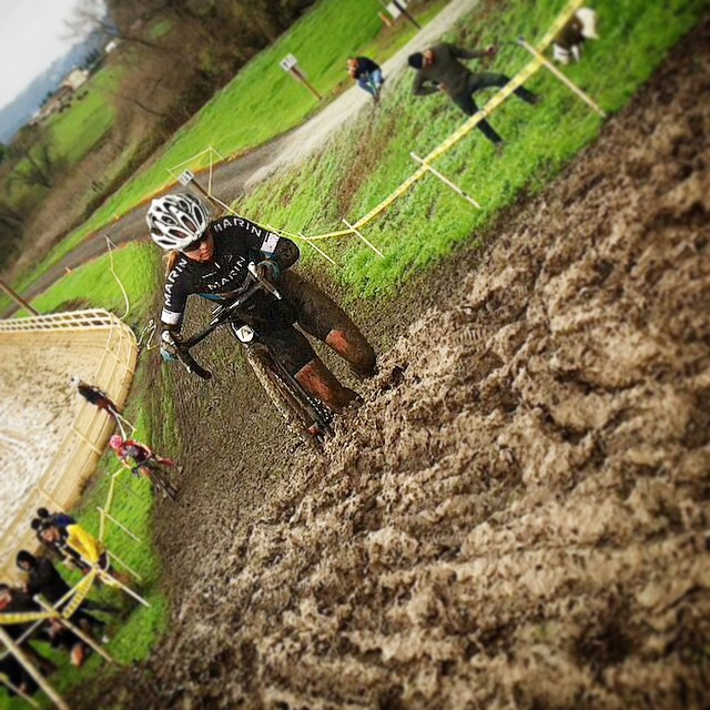 Some SuperCross sized ruts this weekend at the local NorCal CX scene! Gnarly. Anyone get out there and race? | Regram:  @CarolineDezendorf