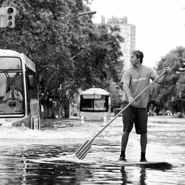 Que esta lluvia no te pare #SurfInCity #FeelUnderwave